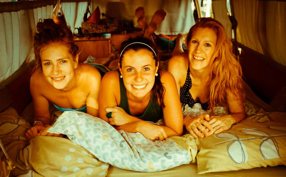 traveling-south-america-girls