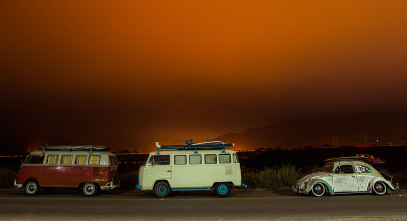 VW-Bus-at-Night