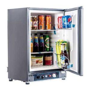 Campervan Fridge and Cooler Options // Keeping Food Fresh