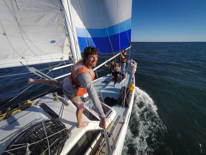 Sailing Pacific Ocean